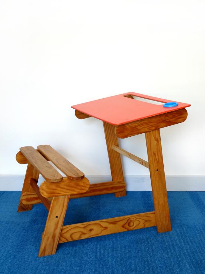 bureau pupitre et son banc design vintage brocnshop. Black Bedroom Furniture Sets. Home Design Ideas