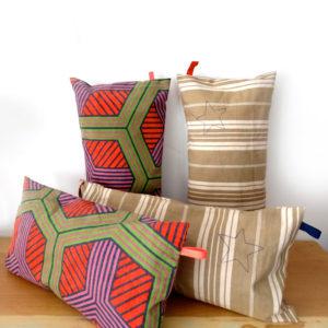COUSSINS Toile Géométrique et à Matelas Tissus Vintage