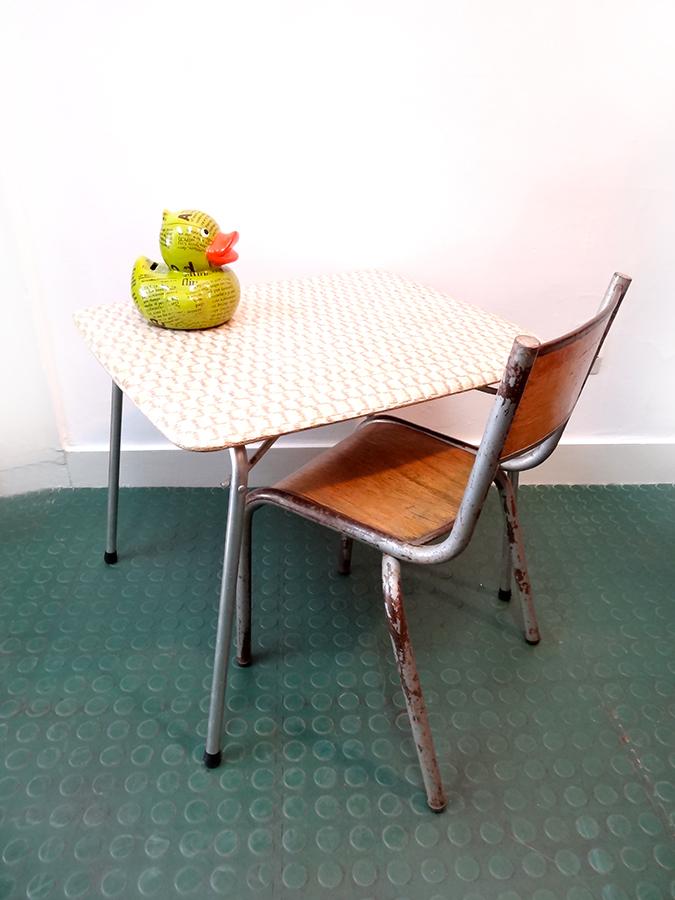 Petit bureau pliant enfant vintage et sa chaise brocnshop - Petit bureau vintage ...