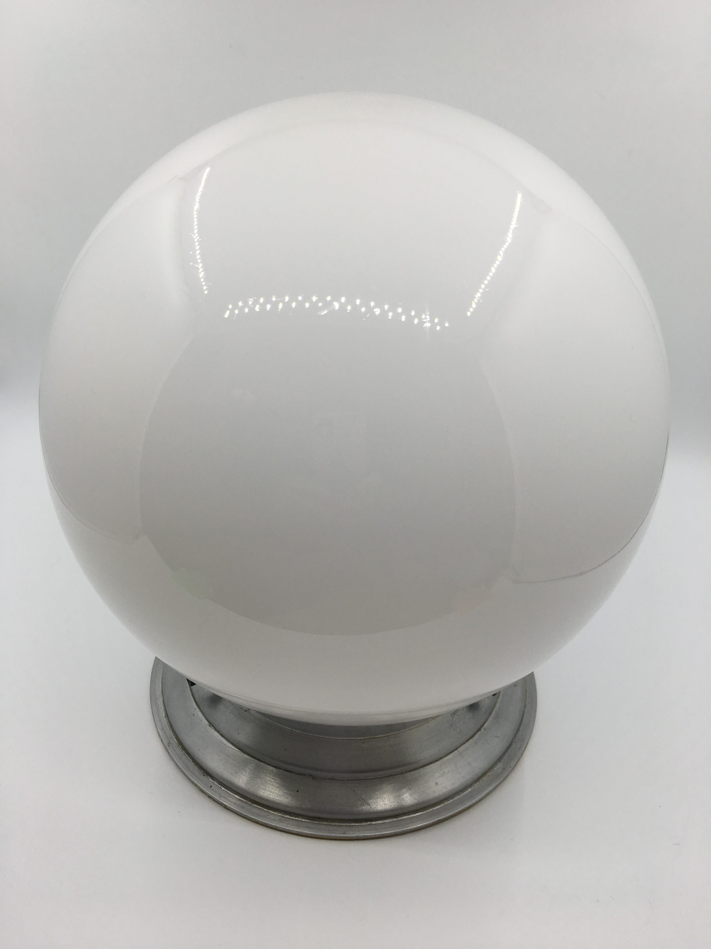 lampe plafonnier boule verre opalin art deco brocnshop. Black Bedroom Furniture Sets. Home Design Ideas