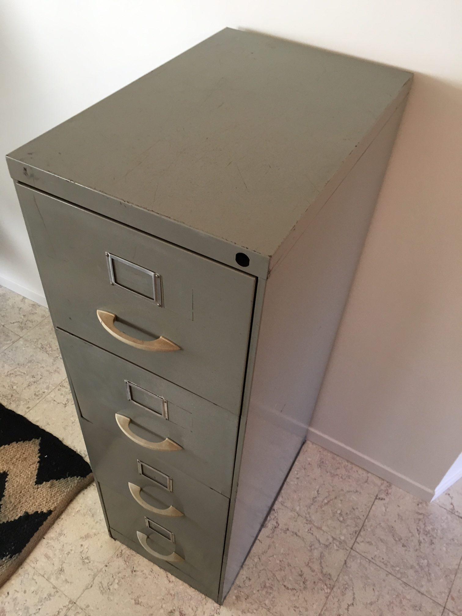Poignée De Meuble Industrielle meuble industriel à 4 tiroirs