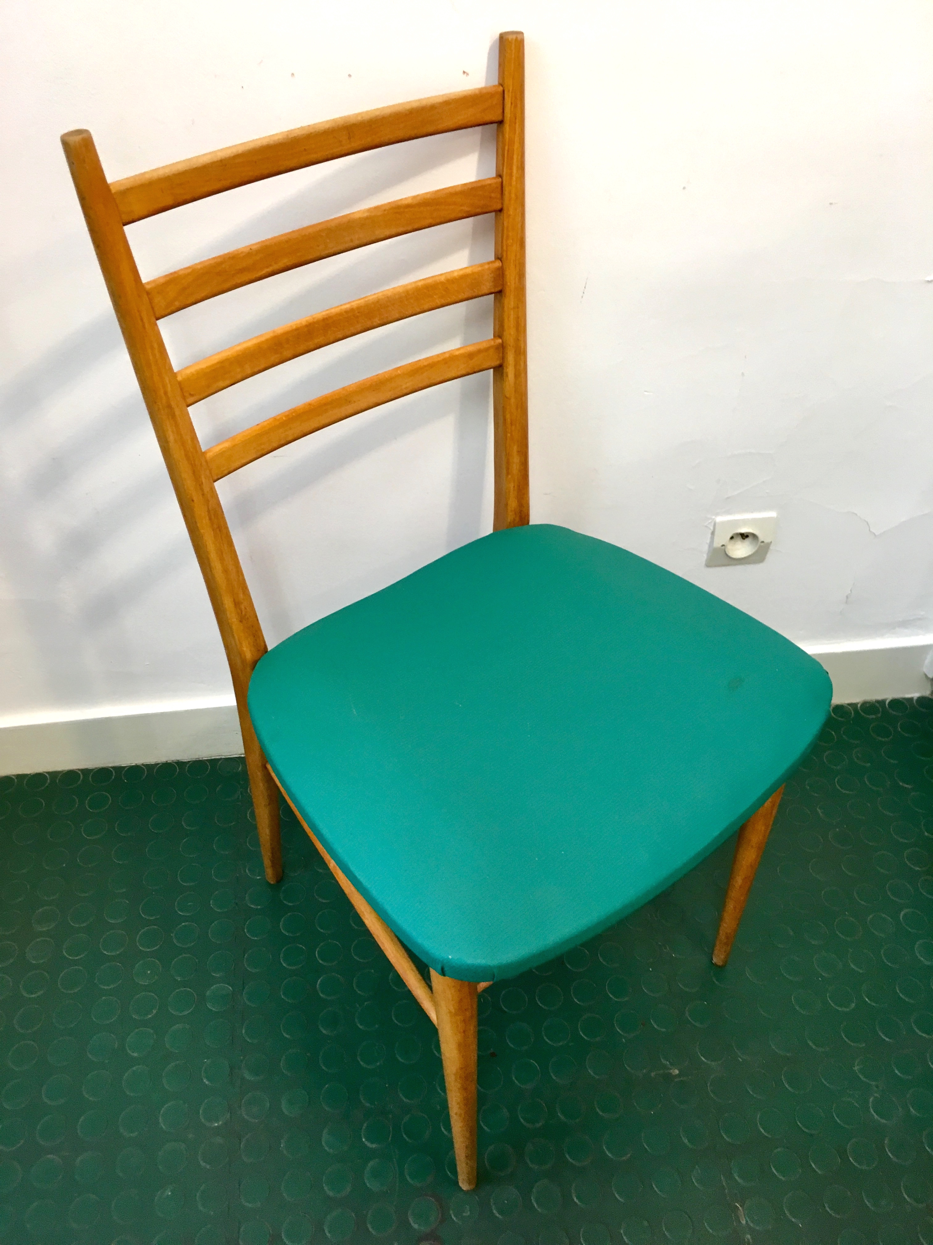 chaise r tro bois et ska vert annees 50 brocnshop. Black Bedroom Furniture Sets. Home Design Ideas