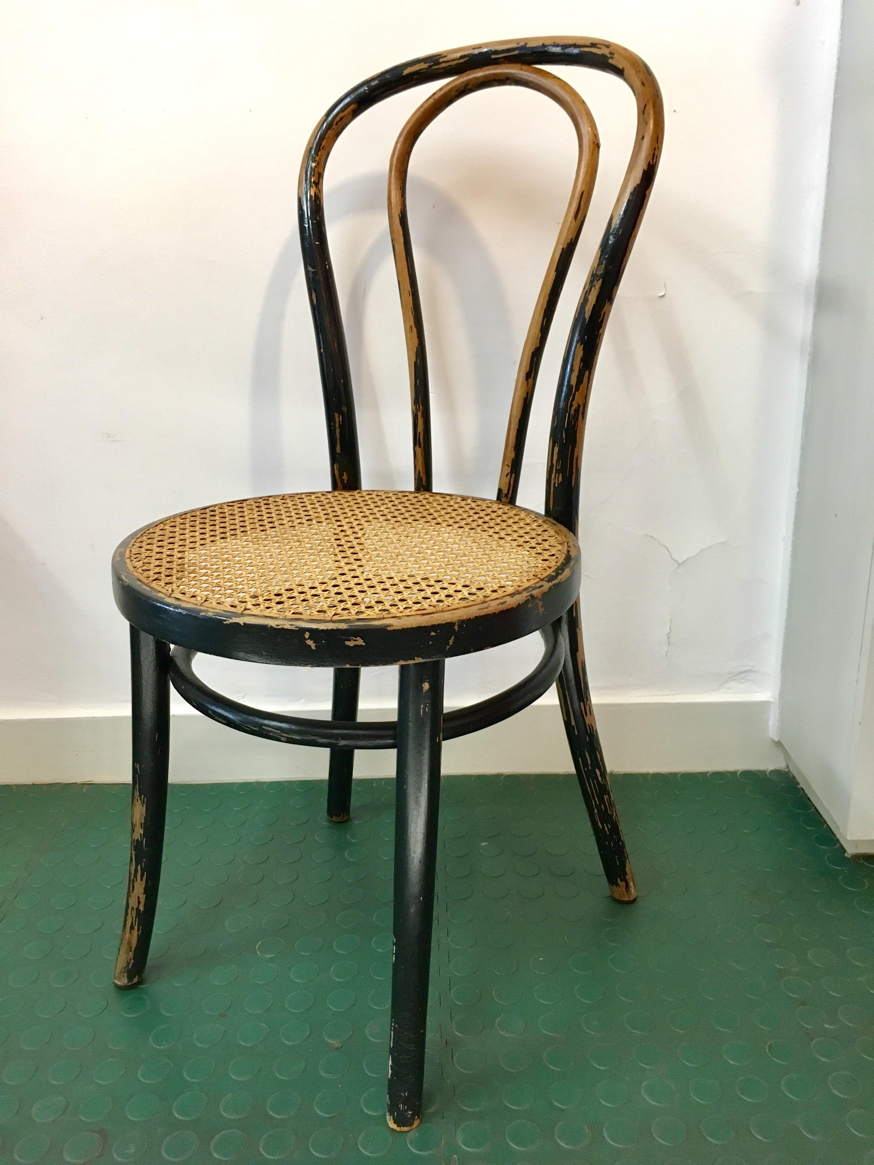 chaise de bistrot cann e noire patin e brocnshop. Black Bedroom Furniture Sets. Home Design Ideas