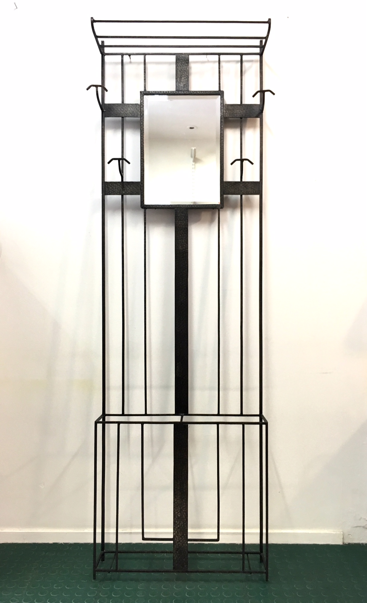 vestiaire porte manteaux acier frapp brocnshop. Black Bedroom Furniture Sets. Home Design Ideas